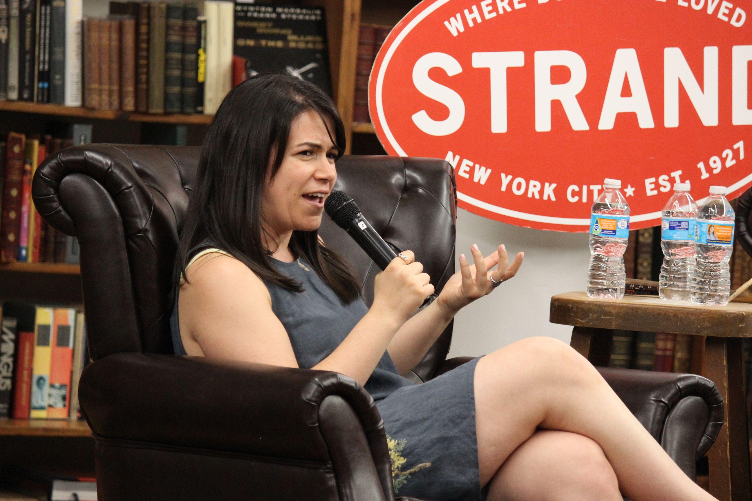 Broad Citys Abbi Jacobson and Susie Essman Talk Coloring at