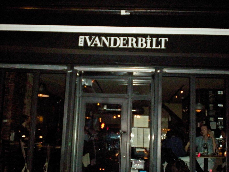 A Localbozo Com Restaurant Review The Vanderbilt Localbozo