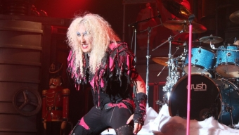 """Twisted Sister's """"A Twisted Christmas"""" at The Best Buy Theater: A LocalBozo.com Concert Review"""