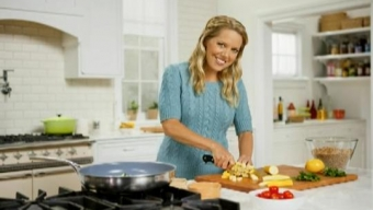 "Cooking Channel's Melissa d'Arabian Talks ""Drop 5 Lbs with Good Housekeeping"" with LocalBozo.com"