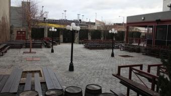 Studio Square- Astoria: Drink Here Now