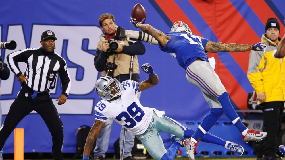 ap_beckham_catch_141123_16x9_992